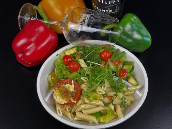 Mediterrane Gemüse-Pennepfanne in Olivenöl gebraten am 20.04.