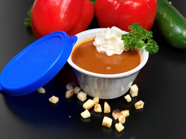 Tomatensuppe mit Sauerrahm